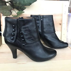 Sofft black leather orlena booties